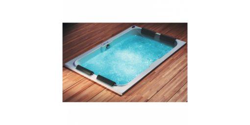 RIHO LAURA, stačiakampė masažinė vonia